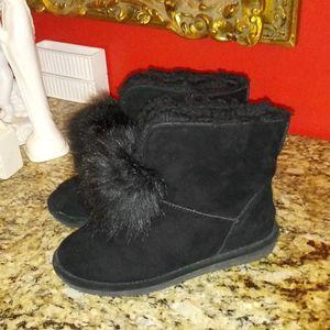 1120 BearPaw Libby Pom Pom Boots